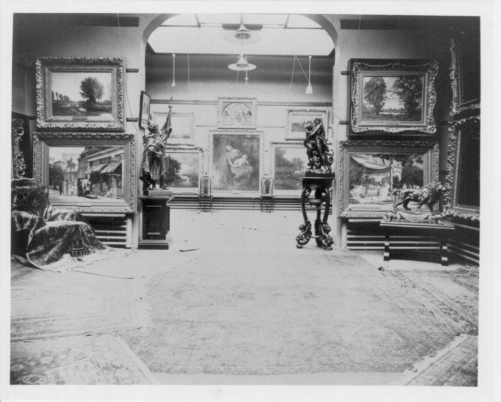 The art gallery in T.B. Walker's Minneapolis home, at Eighth Street and Hennepin Avenue, in 1905.