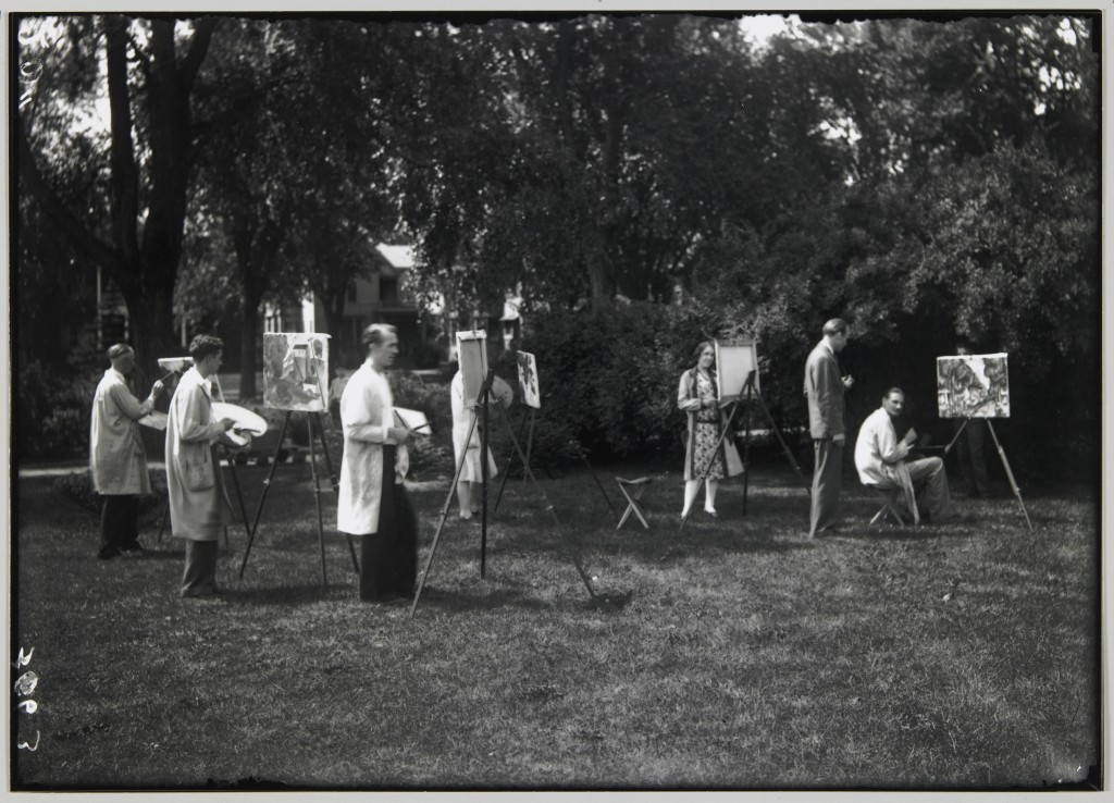 A sketch class on the grounds of the Minneapolis School of Art (now MCAD) in July 1927.