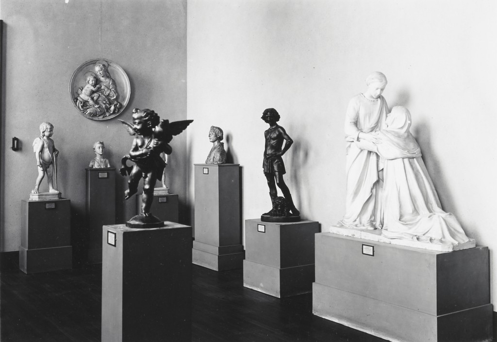 Plaster casts at Mia, probably in the 1920s.