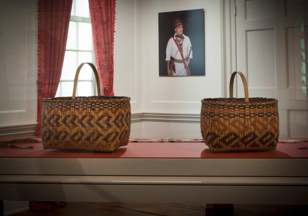 """Native American baskets as part of the new installation """"The Many Voices of Colonial America"""" in the Charleston Dining and Drawing Rooms."""